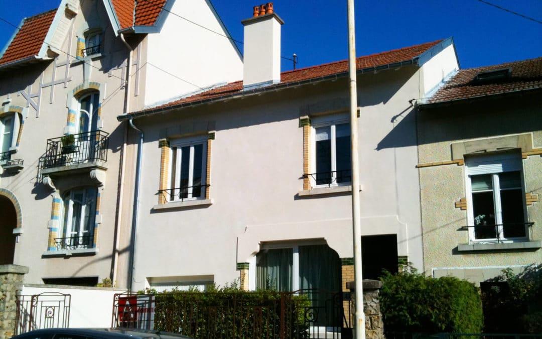 Comment ravaler les façades d'une maison de ville ?