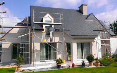 Quand et pourquoi faut-il envisager de refaire sa façade ?